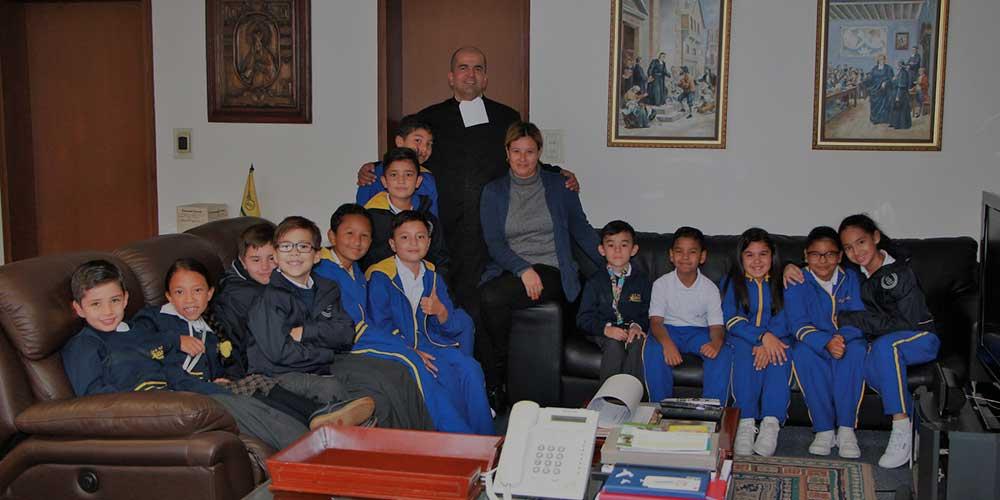 Encuentro de estudiantes con nuestro Hermano Rector