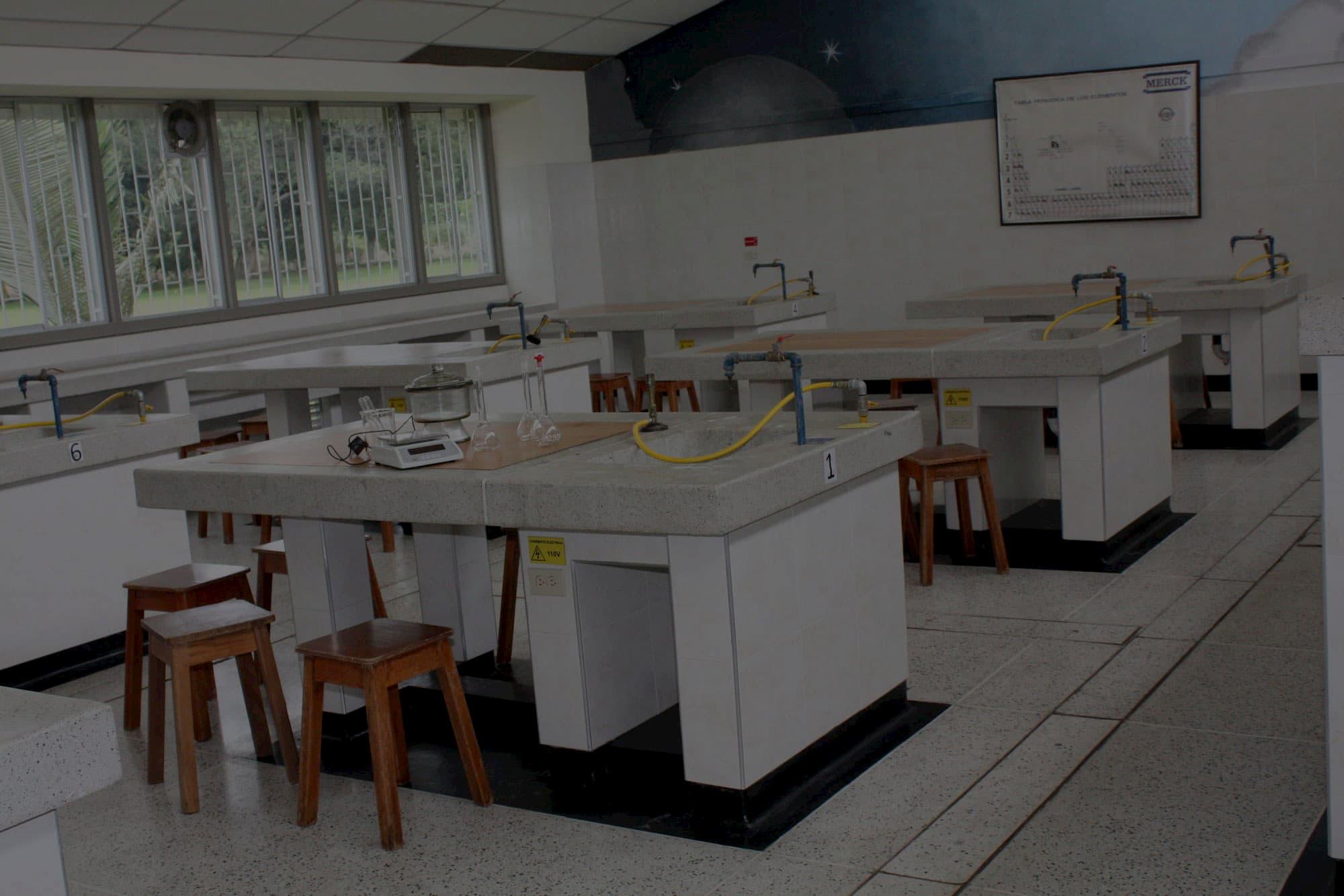 Laboratorios de Ciencias Naturales